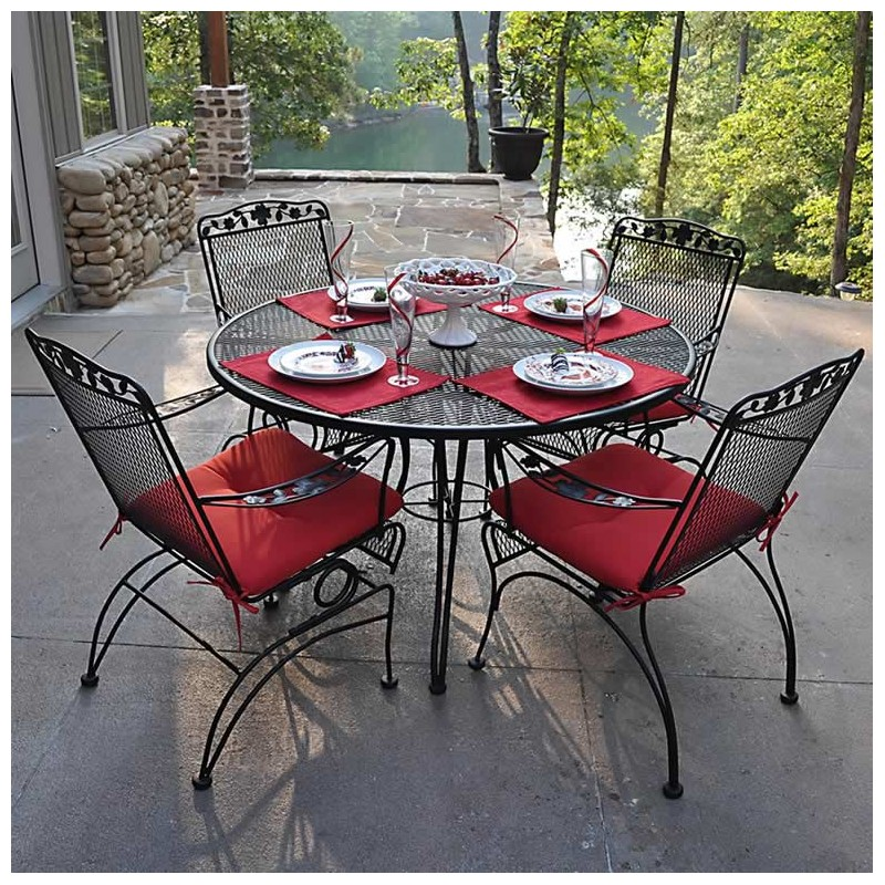Dogwood Outdoor Dining Set ...